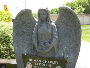 angel with open wings front.JPG