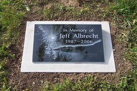 Jeff's school memorial.JPG