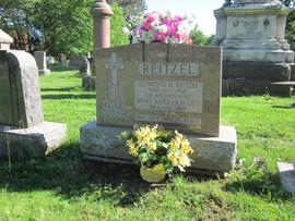 Reitzel monument.JPG