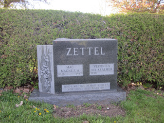 Zettel before plinths.JPG