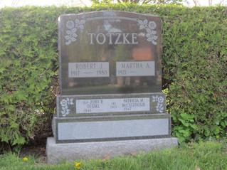 Totzke plinths.JPG