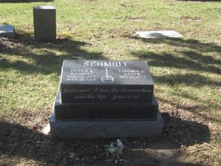Schmidt  pillow and plinth.JPG