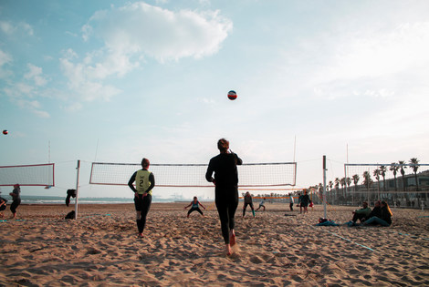 Beach volleyball tournament session