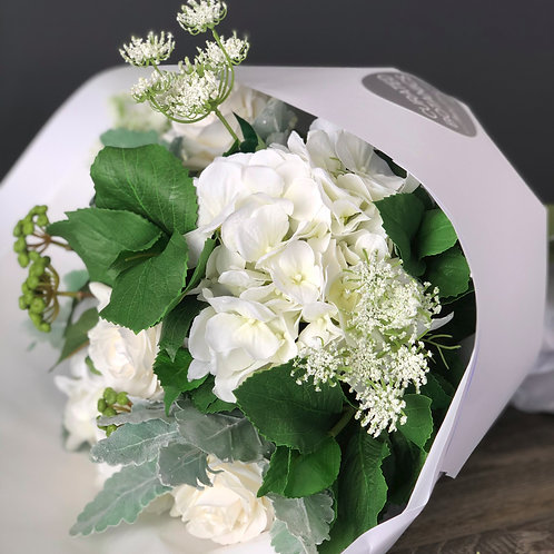 SUMMER WHITES BOUQUET (BOXED)