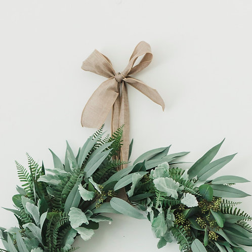 'NATURAL LOOK' WREATH BOW