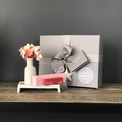 'PRETTY IN PINK' HOME COMFORT GIFT BOX