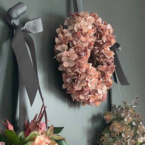 'HEAVENLY HYDRANGEA' WREATH (BOXED)