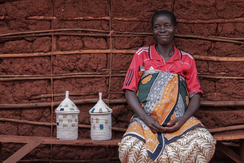 Refugee artisan showing her Kitwaros