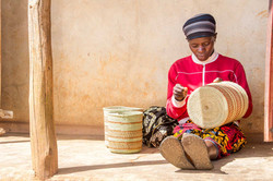 Weaving traditional Iringa Baskets