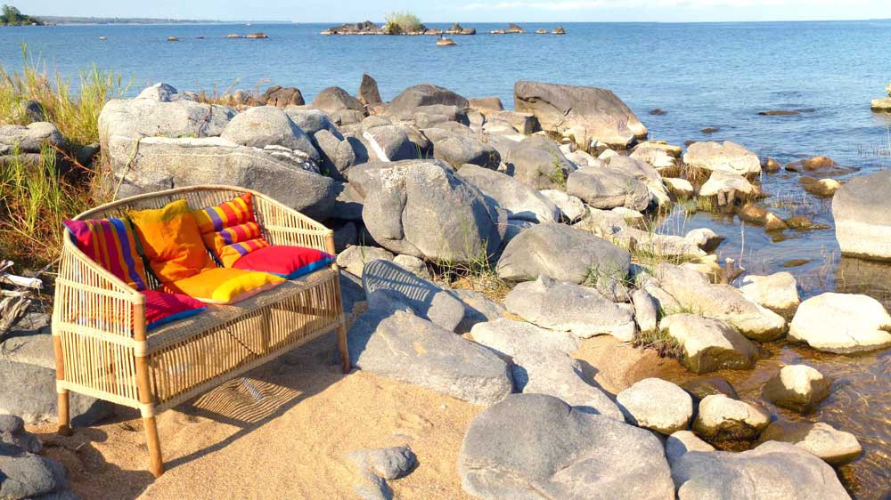 Beach_Bench_left-side-Ismall.jpg