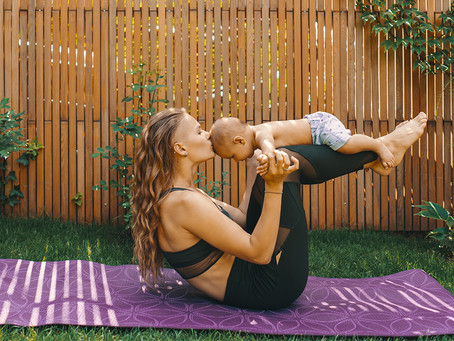 Mommy and Me Postnatal Yoga: Great for Both Parent and Baby