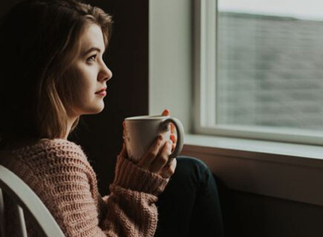 A Therapist Recommends Her 7 Personal Tips for Healing Emotional Triggers