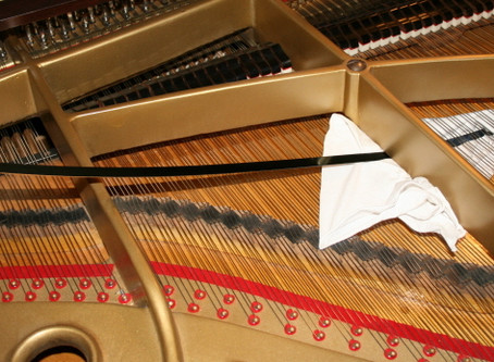 Easy Ways to Clean Your Piano