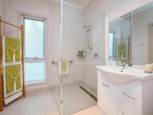 Erriba House Bathroom