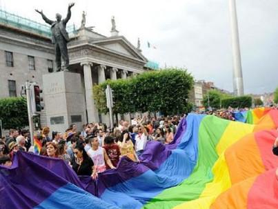 Észak-Írországban is van melegházasság