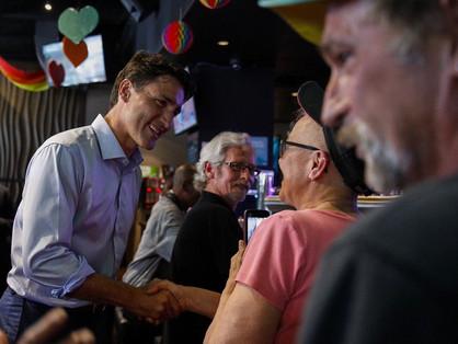 Justin Trudeau egy meleg bárba látogatott