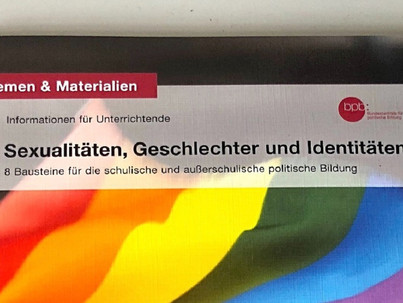 A német kormány kiáll az iskolai LMBT kiadvány mellett