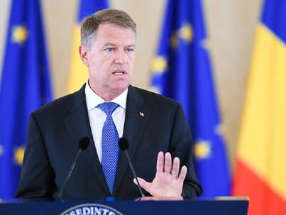 A román elnök továbbra is kiáll az LMBT jogokért