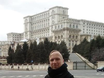 Bukarest - az étel finom, a melegek félnek, a város orwelli