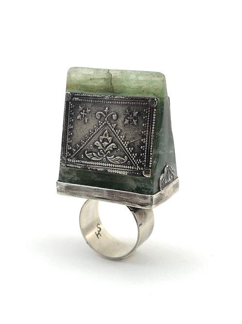 Big jade with silver
