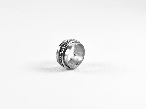 Encircled ring