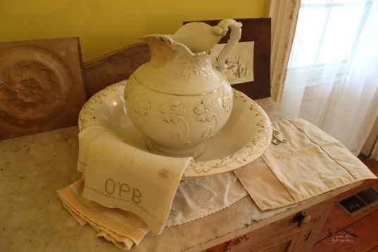Photo of antique decor