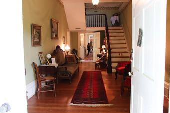 Photo of entry foyer