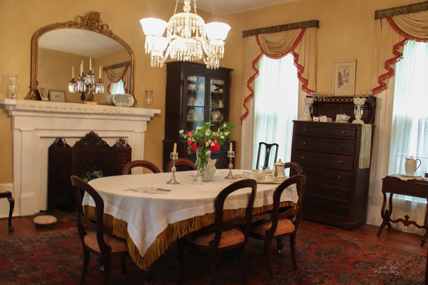 Photo of the dining room at The Pillars