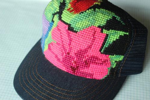 Bright / Black Shirley Hat