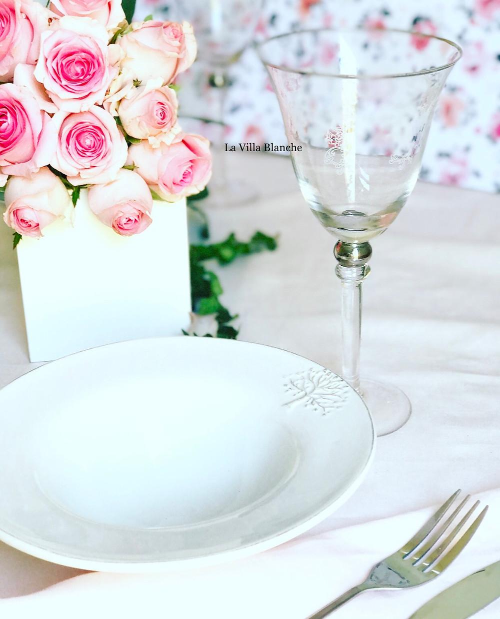 pink roses & dinnerware