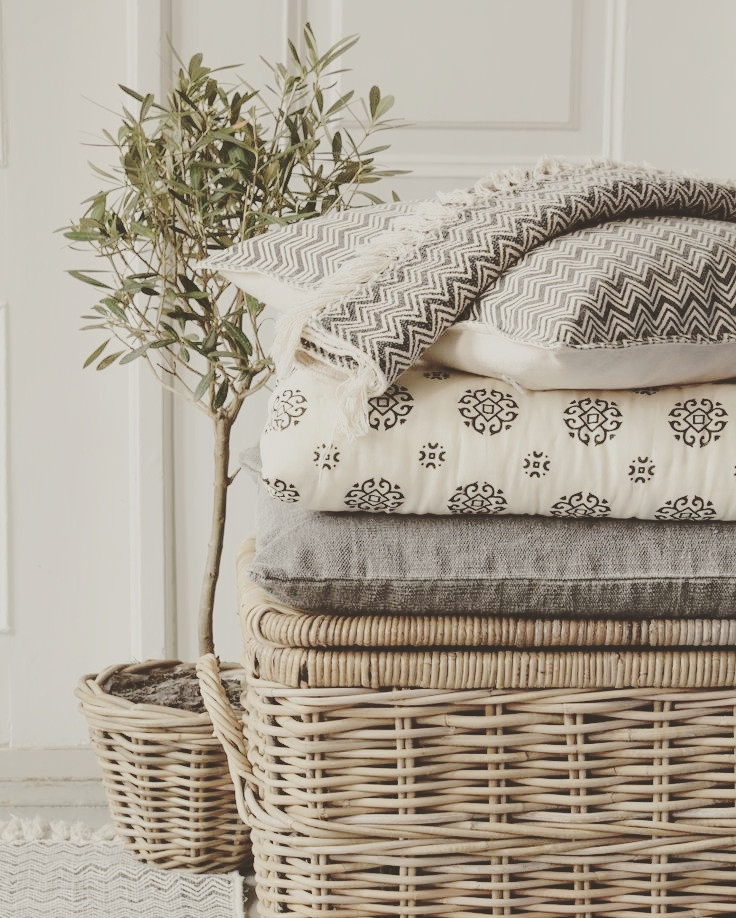 Hampers & Cushions