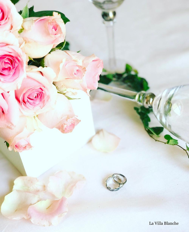 wine glasses & roses