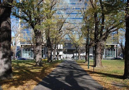 cmus-MelbourneUniversity-UniversitySquar