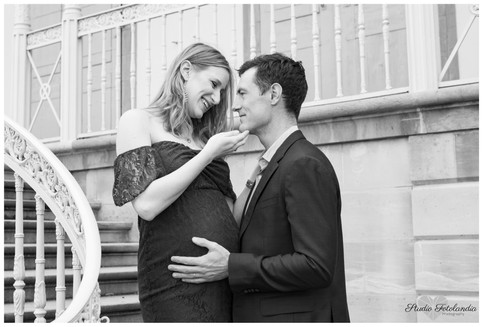 outdoor pregnancy sessions in Geneva FOT