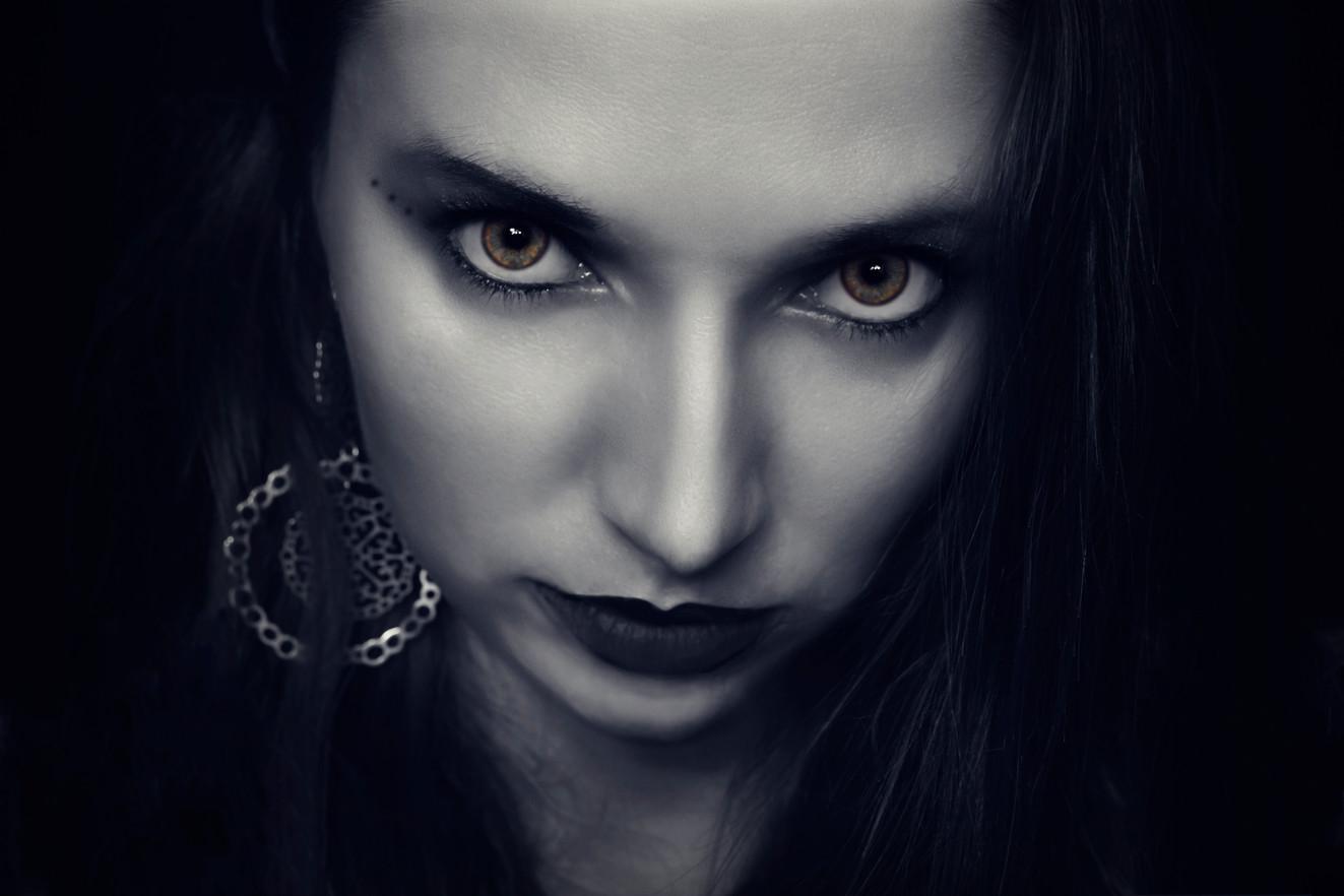 halloween photographer for events copy.j