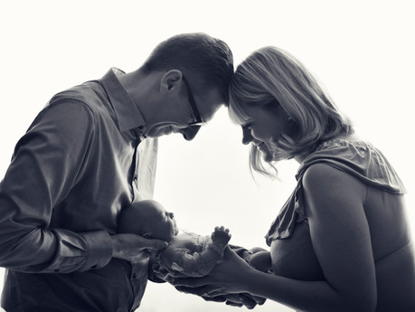 How to prepare for studio newborn photo session at FOTOLANDIA Geneva?