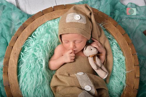 Newborn Photo Session 2h