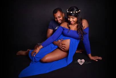 pregnancy photography Geneva Studio with