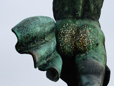 statue bronze.JPG