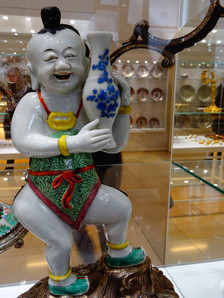 statue chinois porcelaine.JPG