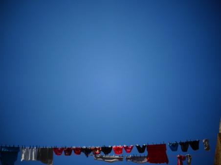 linge et ciel bleu