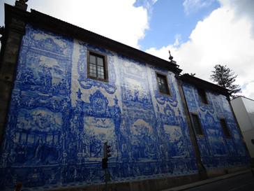 mur carreaux ciment bleu.JPG