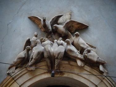 détails marbre oiseaux.JPG