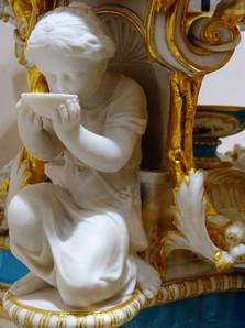 statue porcelaine romantique.JPG