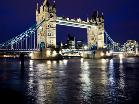 Travel to favourite movie locations in London
