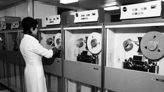 """Tecnologia italiana: 35 anni fa l'Italia inviava il primo messaggio """"ping"""" della sua storia."""
