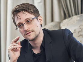 """Edward Snowden: """"il più grande rimpianto della mia vita""""."""