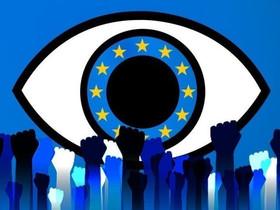 """La UE approva """"ChatControl"""": la sorveglianza di massa delle comunicazioni private."""