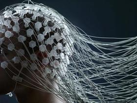 Brain computer interface: un uomo paralizzato, usa il computer per scrivere con la mente.