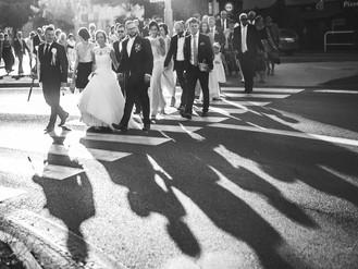 Esküvős témák: Vőfélyek, nőfélyek, ceremóniamesterek